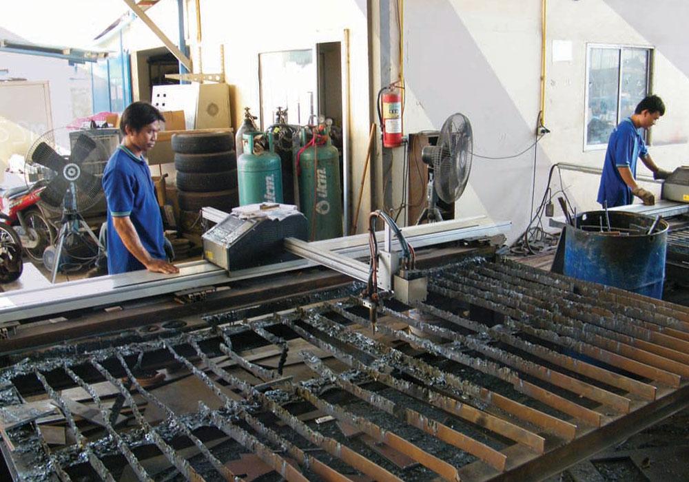 ไลท์ผลิต   Production Line